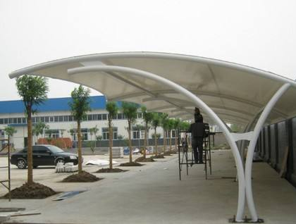 工厂膜结构车棚安装